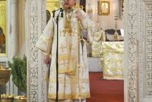 Служба в храме вмч. Димитрия Солунского